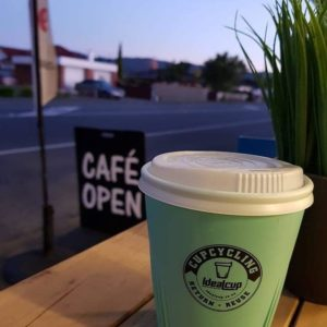 Upper Hutt CupCycling_outside cafe